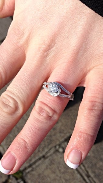 Fittwotravel engagement ring