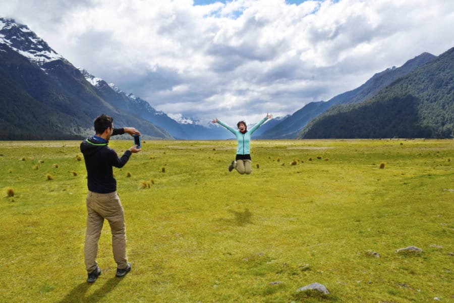 eglinton-valley-backpacking-new-zealand-milford-road_optimized